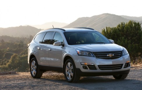 2014_chevrolet_traverse_f34_top10_408141_717